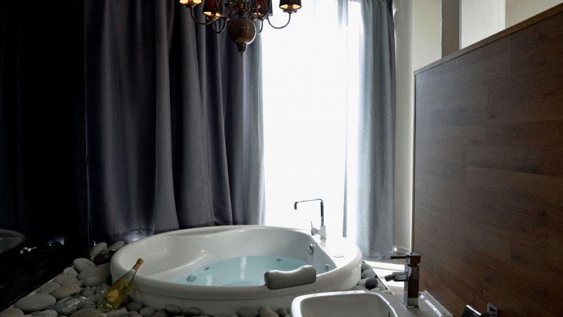Entspannen in der Whrilpool-Badewanne Villa Adeje auf Teneriffa