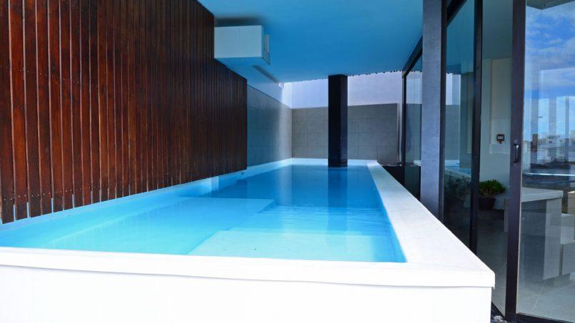 Überdachter Pool Villa Adeje auf Teneriffa