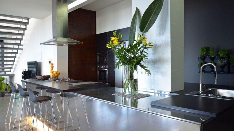 Küchenzeile mit Spülbecken Villa Adeje auf Teneriffa